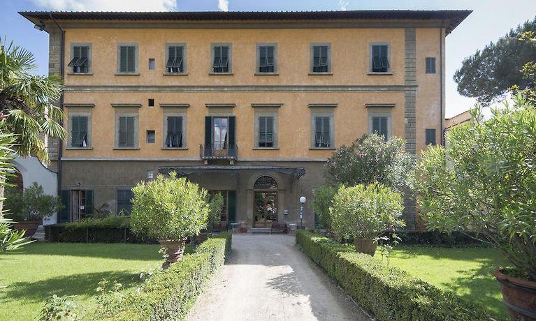 Casa Santo Nome Di Gesu Florenz
